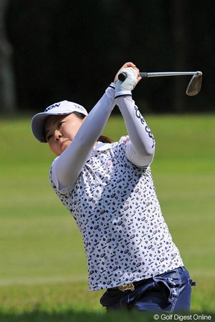 イセリーヌも今やゴルフ王国となった熊本県人です。去年くらいから頭角を表しております。ボチボチ優勝してもよい頃かと…。9位T