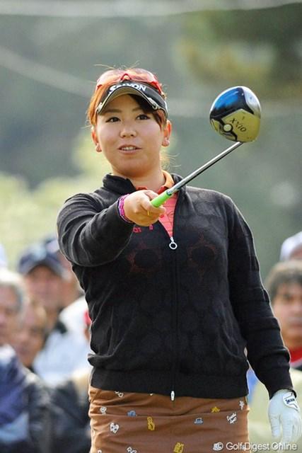 2013年 KKT杯バンテリンレディスオープン 最終日 吉田弓美子 「今日の結果には満足です」と、苦手コースでの60台マークに笑顔でホールアウトした吉田弓美子