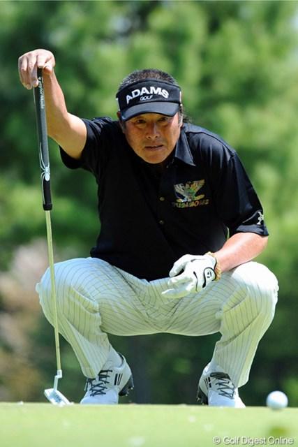 2013年 つるやオープンゴルフトーナメント 2日目 尾崎将司 スコアを一つ落としたもののトータル8アンダーで首位タイをキープした驚異の66歳。きっと彼はマジンガー・ジャンボに違いない!