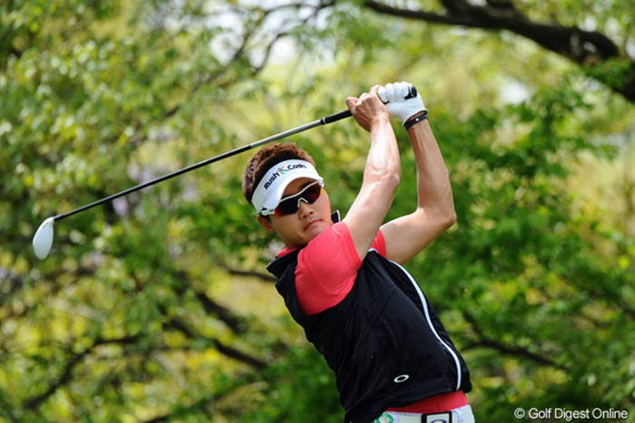 同組の松山とのデッドヒートにも負けず、単独首位をキープしたイ・テヒ 2013年 つるやオープンゴルフトーナメント 3日目 イ・テヒ