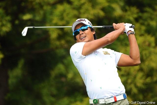 2013年 つるやオープンゴルフトーナメント 3日目 ジュビック・パグンサン エキサイティングシティ・マニラからの刺客。マガンダン ハポ(こんにちは)!ミノザの後輩というかパシリをしてたとかしてないとか…。2位T