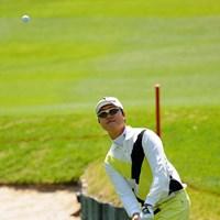 13アンダーで迎えた勝負どころの17番ロングで、セカンドショットがまさかの池ポチャ…。前日の7位タイから順位を上げられず。 2013年 つるやオープンゴルフトーナメント 最終日 イ・スンホ