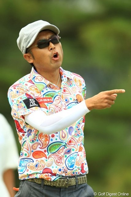 2013年 中日クラウンズ 3日目 片山晋呉 「どうして入ってくれないの~?」前半は我慢のゴルフでしたね。