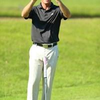 超近視だったら面白い写真になったのに。 2013年 日本プロゴルフ選手権大会 日清カップヌードル杯 2日目 スティーブン・コンラン