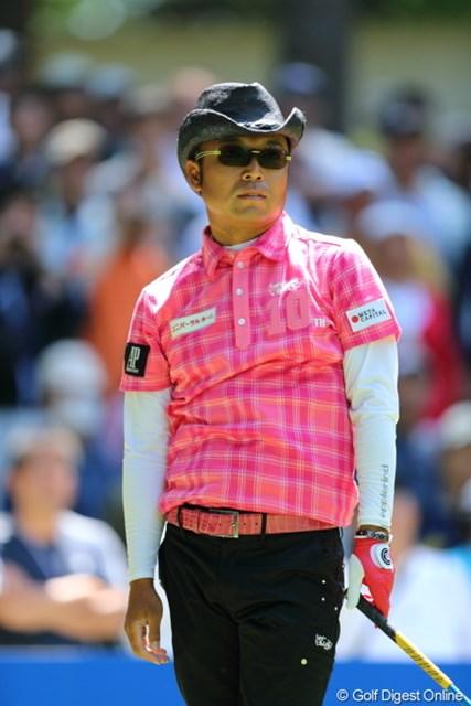2013年 日本プロゴルフ選手権大会 日清カップヌードル杯 2日目 片山晋呉 女子ばかりにピンクを着させてたまるかー!
