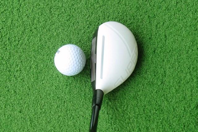 新製品レポ アダムスゴルフ アイデア スーパーLS ハイブリッド テーラーメイドの十八番!白いヘッドに黒いフェースの組み合わせ