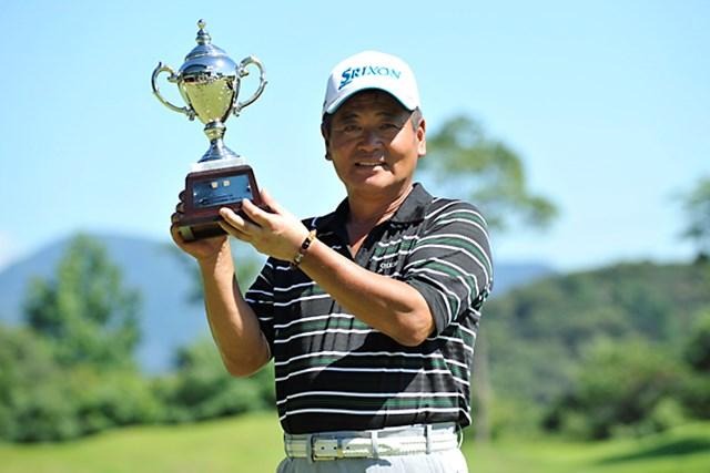 2013年 ISPS HANDA CUP 五月晴れのシニアマスターズ 事前情報 三好隆 昨年大会を制したのは三好隆。2日間の短期決戦を制すのは? ※画像提供:日本プロゴルフ協会