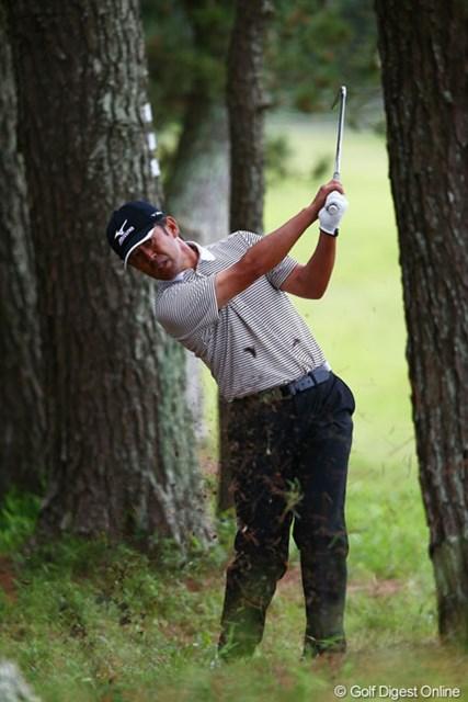 2013年 ダイヤモンドカップゴルフ 初日 鈴木亨 こんなピンチでもパーで切り抜けましたよ