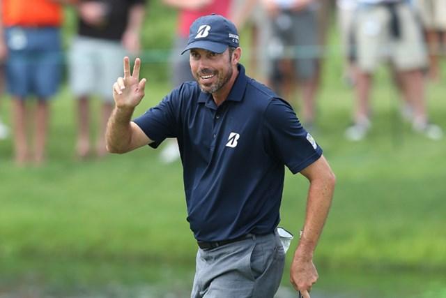 上位が伸び悩んだ第3ラウンドで2つ伸ばし、単独首位に浮上したM.クーチャー(Andy Lyons/Getty Images)