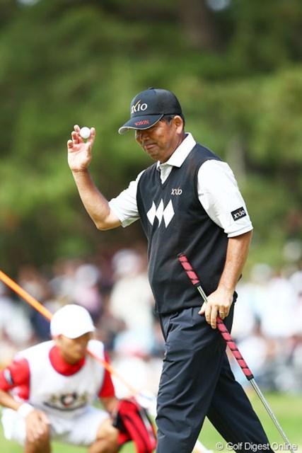 2013年 ダイヤモンドカップゴルフ 最終日 中嶋常幸 最終組で最後まで優勝争いを見せてくれましたギャラリーからもあたたかい拍手が・・・