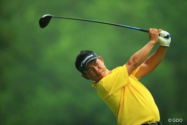 2013年 日本ゴルフツアー選手権 Shishido Hills 初日 平塚哲二 自分、平塚さんと同い歳なんです。ゴルフすると同伴プレーヤーの方々にいつも、「平塚さんとスイングが似てるね」と言われます。個人的にがんばって欲しいです。3アンダー11位タイ。