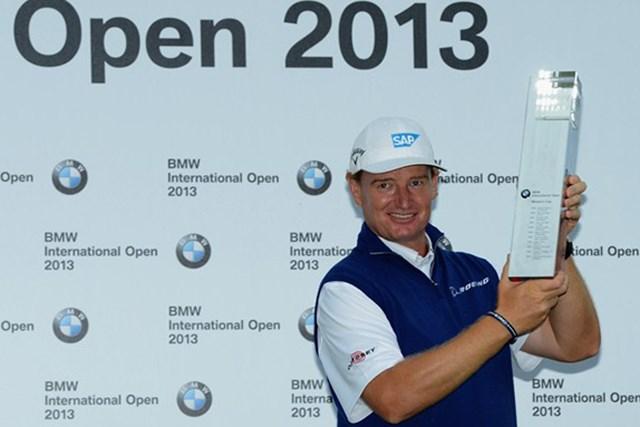 2013年 BMWインターナショナル・オープン 最終日 アーニー・エルス 今大会のタイトル獲得へ多くの喜びを口にしたE.エルス (Getty Images)
