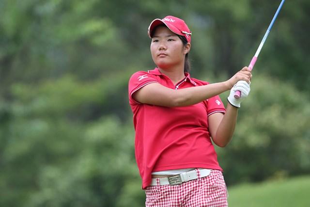 2013年 日本女子アマチュアゴルフ選手権競技 初日 松原由美 大会初日7アンダーをマークして首位に立った松原由美(写真提供:JGA)