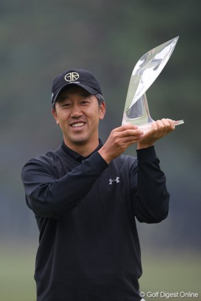 S.K.ホが5打差で逃げ切り初代王者!矢野東は10試合連続トップ10