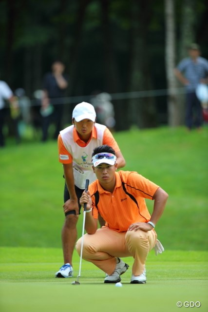 2013年 長嶋茂雄 INVITATIONAL セガサミーカップゴルフトーナメント 3日目 松山英樹 単独4位以上ならプロ転向後、史上最速の9戦目で獲得賞金1億円に到達。だが松山は逆転勝利だけを見据える。
