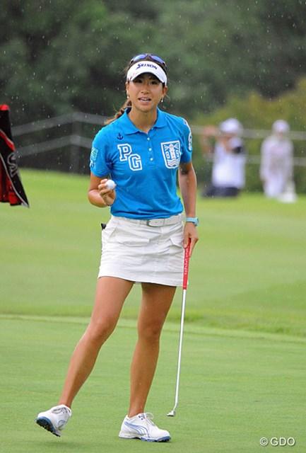 2013年 日医工女子オープンゴルフトーナメント 2日目 木戸愛 「勝って妹・侑来にいいところを見せたい」と、首位と2打差で最終日を迎える木戸愛