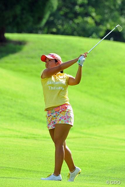 2013年 日医工女子オープンゴルフトーナメント 最終日 山村彩恵 昨日の捻挫にもメゲズ3日間ともアンダーをマークして9アンダーの単独9位。結構活躍してると思とったのに、賞金は意外にも397万円。もっと稼がないと!