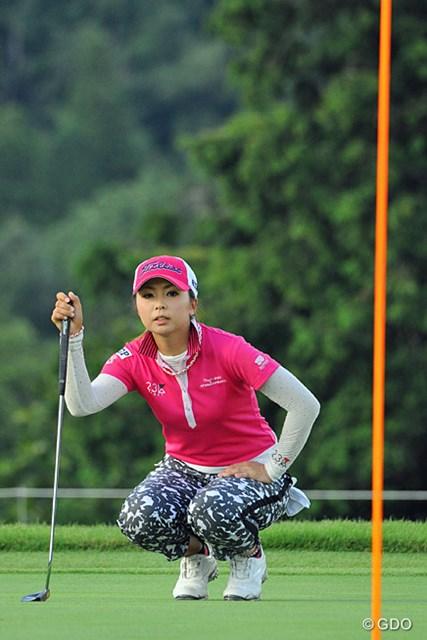 2013年 日医工女子オープンゴルフトーナメント 最終日 菊地絵理香 69、68、68という高値安定スコアで、最近メキメキと力をつけてきたところを見せてくれましたワ。3位T