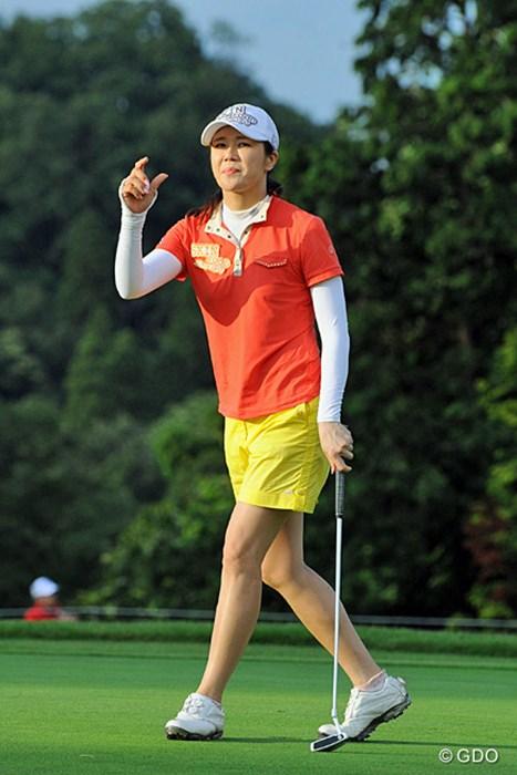 日本初優勝オメデトウございます。しかし、プレー終了6時。表彰式終了6時30分。現在8時15分…。今日中には帰れません…。嗚呼…。 2013年 日医工女子オープンゴルフトーナメント 最終日 ヤング・キム