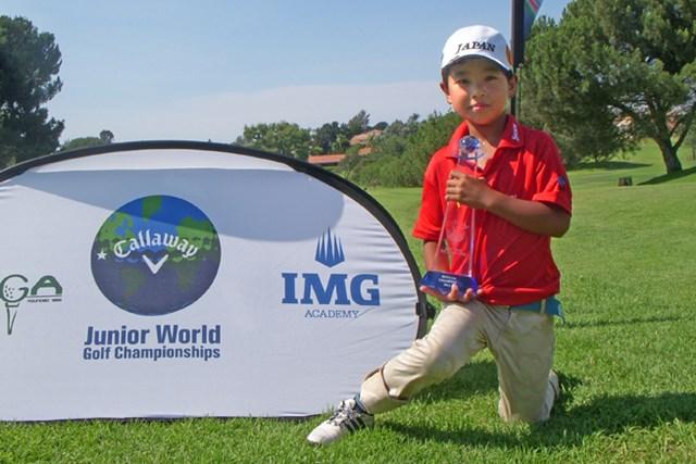男子7~8歳の部では中盤から抜け出した清水蔵之介が勝利 ※画像提供:国際ジュニアゴルフ育成協会