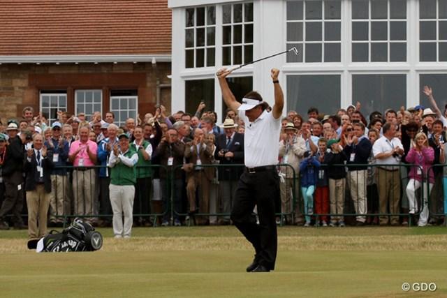 2013年 全英オープン 最終日 フィル・ミケルソン 上がり6ホールで4バーディ。見事なプレーで栄冠を勝ち取ったフィル・ミケルソン
