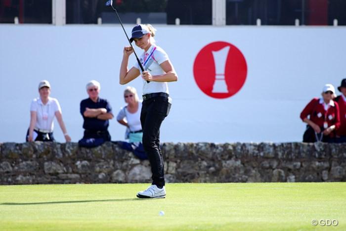 17番で見事なパーセーブをしガッツポーズ。5アンダー3位タイ 2013年 全英リコー女子オープン 初日 ライアン・オトゥール