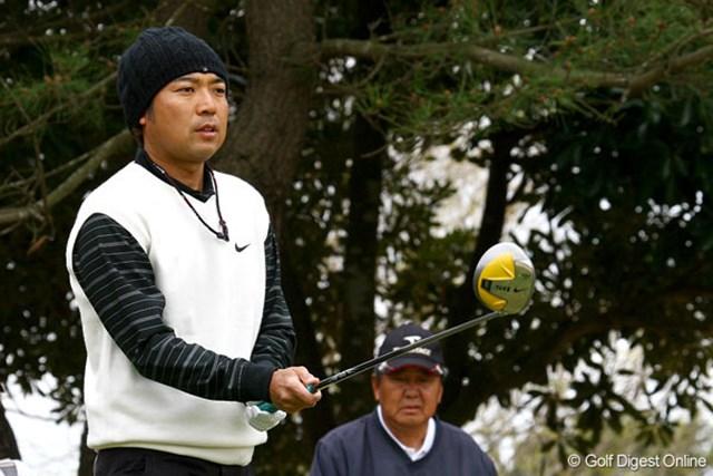 片山晋呉は連日の「71」で10位タイで終えた