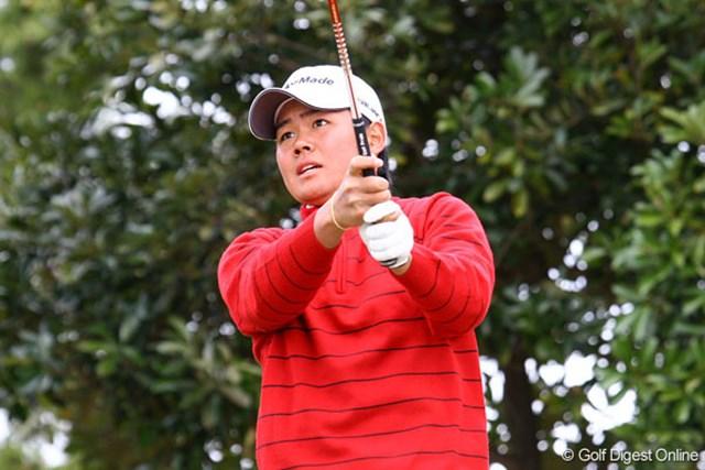 石川より一足先にプロ転向した17歳の前粟蔵俊太は14位タイ