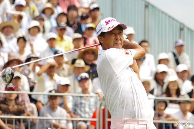 2013年 ファンケルクラシック 2日目 渡辺司 「実力が足りなさ過ぎた」と、この日はイーブンパーのラウンドに止まり、4位タイに後退・・・
