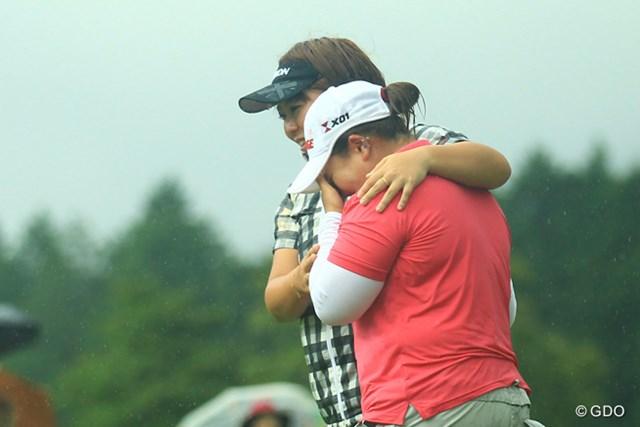 18番グリーン上で吉田弓美子に声をかけられた瞬間、アン・ソンジュの目から涙が溢れ出た