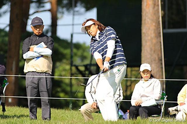 福嶋晃子 賞金ランクトップの福嶋晃子。ショットは良くないというが、アプローチとパターでスコアをまとめた。