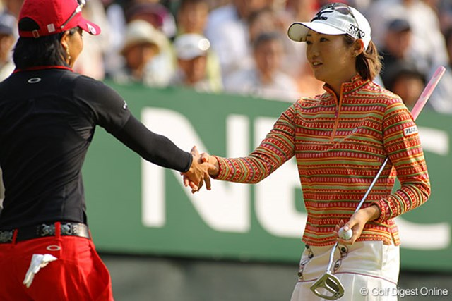 飯島茜 たった2人のアンダーパー。その一人の飯島茜は、昨年以来のメジャー2勝目に挑む!
