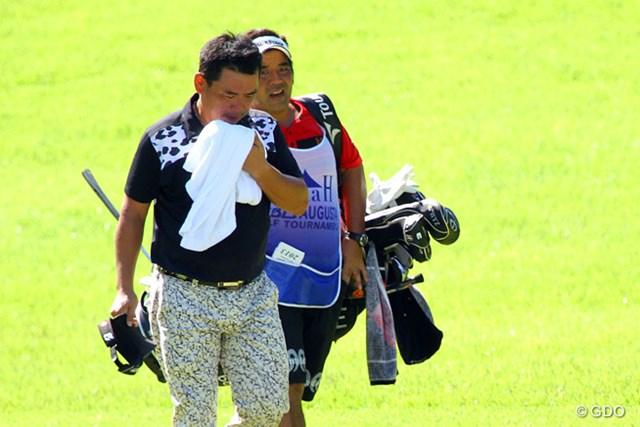 2013年 VanaH杯KBCオーガスタゴルフトーナメント 初日 平塚哲二 ほんまに、あついねん。