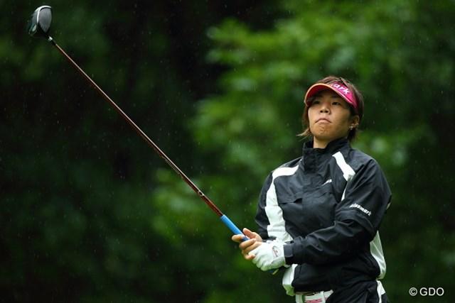 2013年 ニトリレディスゴルフトーナメント 2日目 穴井詩 スコアを伸ばすことは出来なかったが、2打差の単独首位に踏みとどまった穴井詩