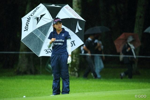 2013年 ニトリレディスゴルフトーナメント 2日目 堀奈津佳 1番ギャラリーが多かったのは堀プロの組じゃないかな。