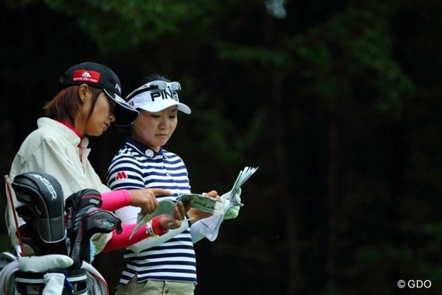 2013年 ニトリレディスゴルフトーナメント 2日目 上原彩子 日米を掛け持ち参戦する上原彩子。日本ツアーの賞金シード獲得が直近の目標だ