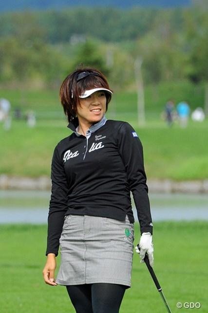2013年 ゴルフ5レディスプロゴルフトーナメント 初日 大山志保 2ヶ月ぶりのツアー復帰に笑顔でラウンドを続けた大山志保