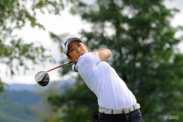 2013年 ゴルフ5レディスプロゴルフトーナメント 初日 藤本麻子 ノーボギーでのラウンドで8位タイにつけた藤本麻子