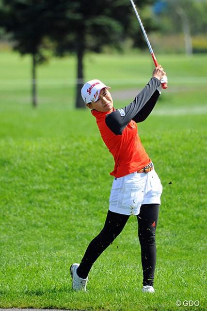 2013年 ゴルフ5レディスプロゴルフトーナメント 最終日 横峯さくら さすがはサクラ姐さん。4バーディ、ノーボギーの68でしっかりと順位を上げてきはりました。なんか今年は表情が穏やかでよろしいなァ。7位