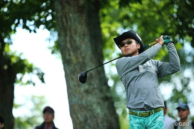 2013 ANAオープンゴルフトーナメント 初日 片山晋呉 5シーズンぶりの優勝がかかる片山晋呉。バーディ合戦を制していきなりトーナメントリーダーとなった。