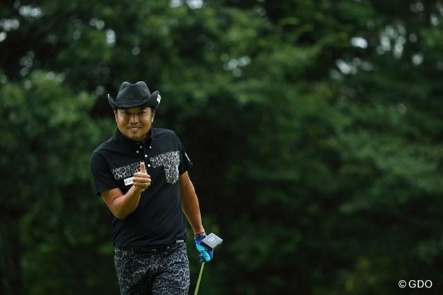 2013年 ANAオープンゴルフトーナメント 2日目 片山晋呉 ラウンド中も笑顔が見られる片山の復活勝利には大きな期待がかかる。