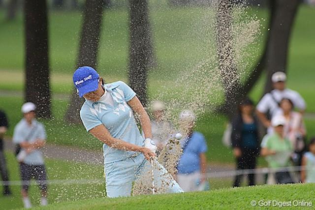 粘りのゴルフで首位と2打差の単独3位に浮上してきた上原彩子