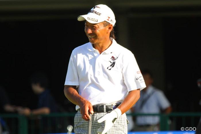 慣れ親しんだ茨木CCでのプレー。井戸木は笑顔でティオフを待っている。 2013年 アジアパシフィックオープンゴルフチャンピオンシップ パナソニックオープン 事前 井戸木鴻樹