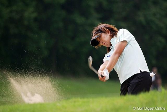 「目の前の1打に集中した」という福嶋晃子。復活賞金女王も芽が出てきた。