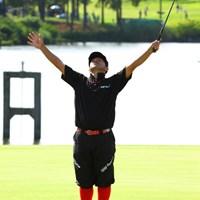 バーディフィニッシュ。「Y」になってる。 2013年 アジアパシフィックオープンゴルフチャンピオンシップ パナソニックオープン 3日目 すし石垣