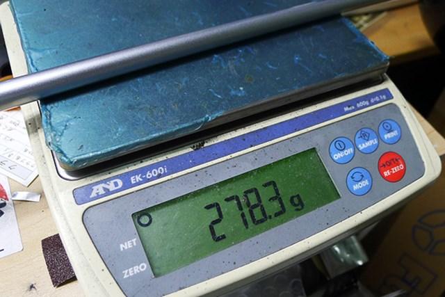 10.5度、M43シャフトのクラブ総重量は278.3グラムと、非常に軽い