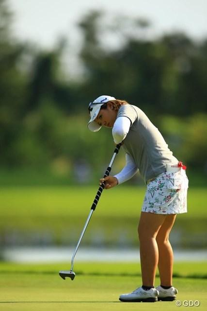 2013年 日本女子オープンゴルフ選手権競技 初日 大江香織 最終18番のボギーが悔やまれますが、1アンダー5位タイとまずまずのスタートですね。