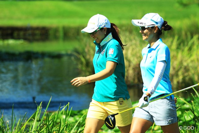 2013年 日本女子オープンゴルフ選手権競技 初日 宮里美香 宮里藍 久しぶりに同組でラウンドした2人。アメリカンな雰囲気ですなぁ。