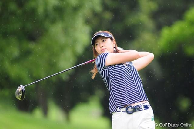 日下部智子 首位と4打差で予選ラウンドを終え、優勝争いに踏みとどまっている日下部智子