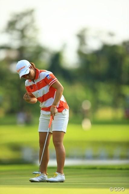 2013年 日本女子オープンゴルフ選手権競技 最終日 宮里美香 17番で難しいパットを決めてガッツポーズ!この1打は本当に大きかった。